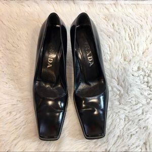 ⭐️ EUC Vintage 90s Prada Black Pumps Square Toe